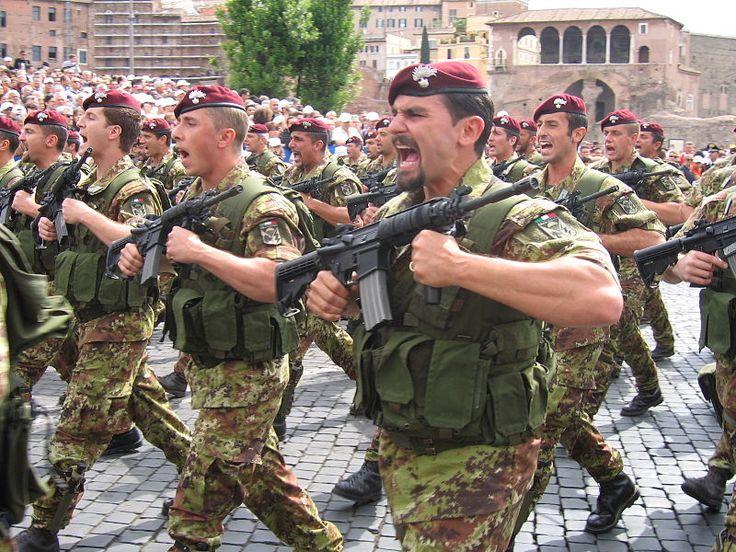 "1st Paratroopers Carabinieri Regiment ""Tuscania"""