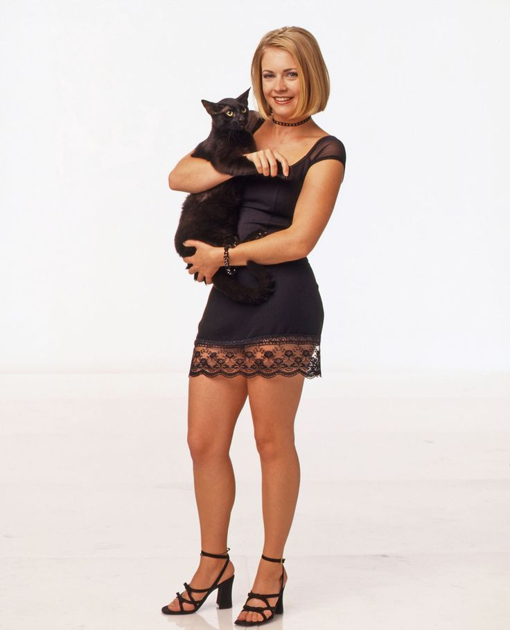 17 style lessons from Sabrina The Teenage Witch that totally apply today