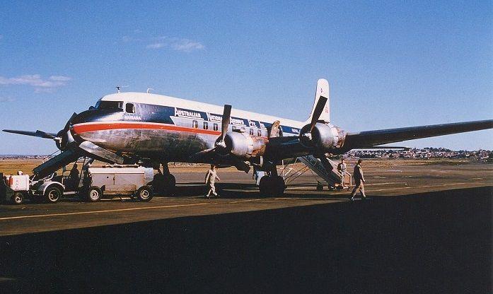Ansett Douglas DC - 6B (VH-INV)