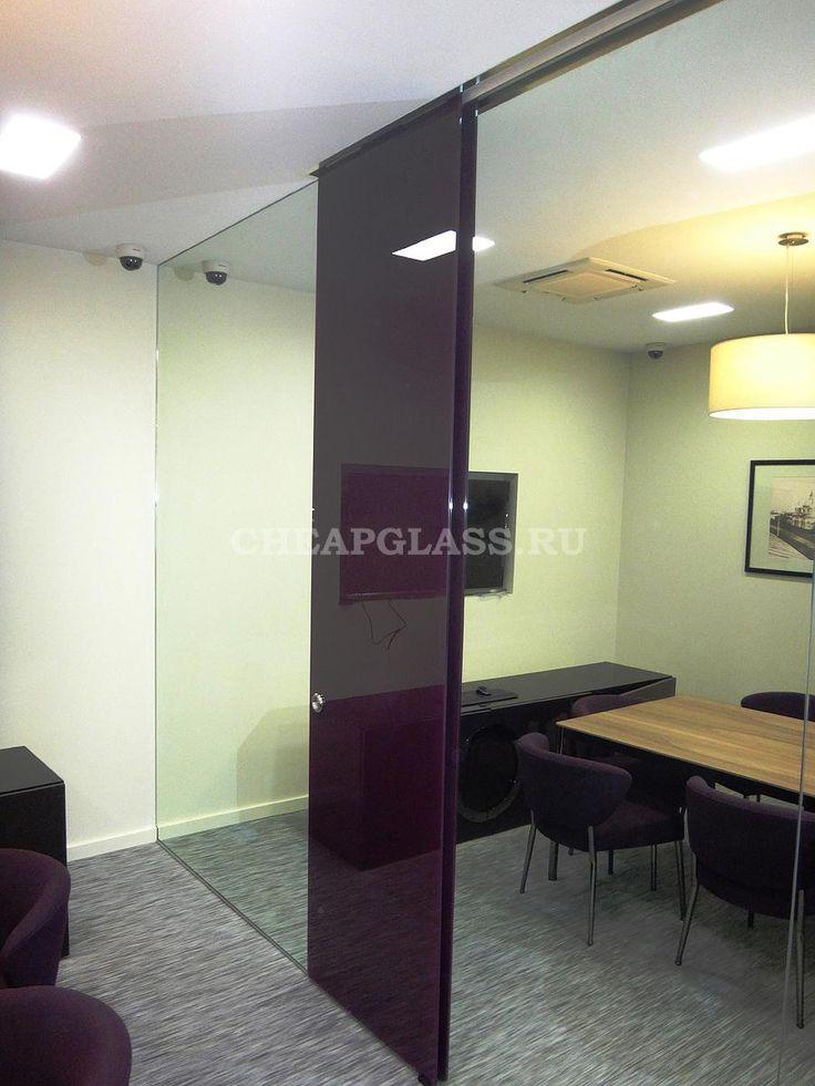 Стеклянные раздвижные двери Dorma для VIP отделения Сбербанка г.Москвы.