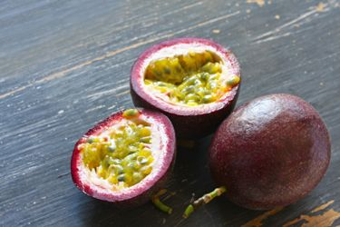 Preserved passionfruit pulp