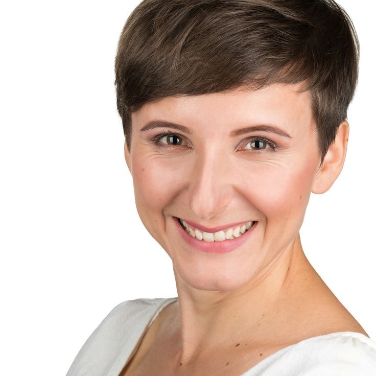 Adriana Barbonta - Delivery Manager - headshot, business portrait