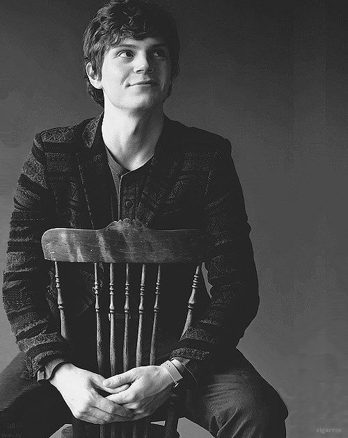 evan petersAmerican Horror, Hot Babes, Evan Peters, Evans Peter Hot ...