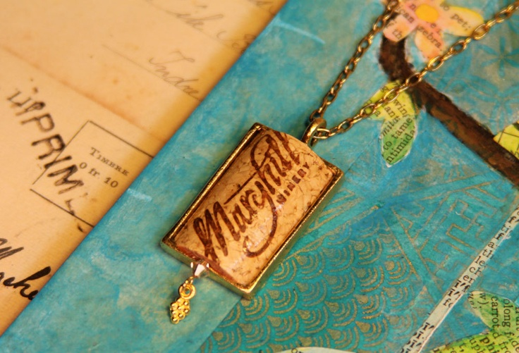 Repurposed wine cork necklace artesanis pinterest for Cork necklace ideas