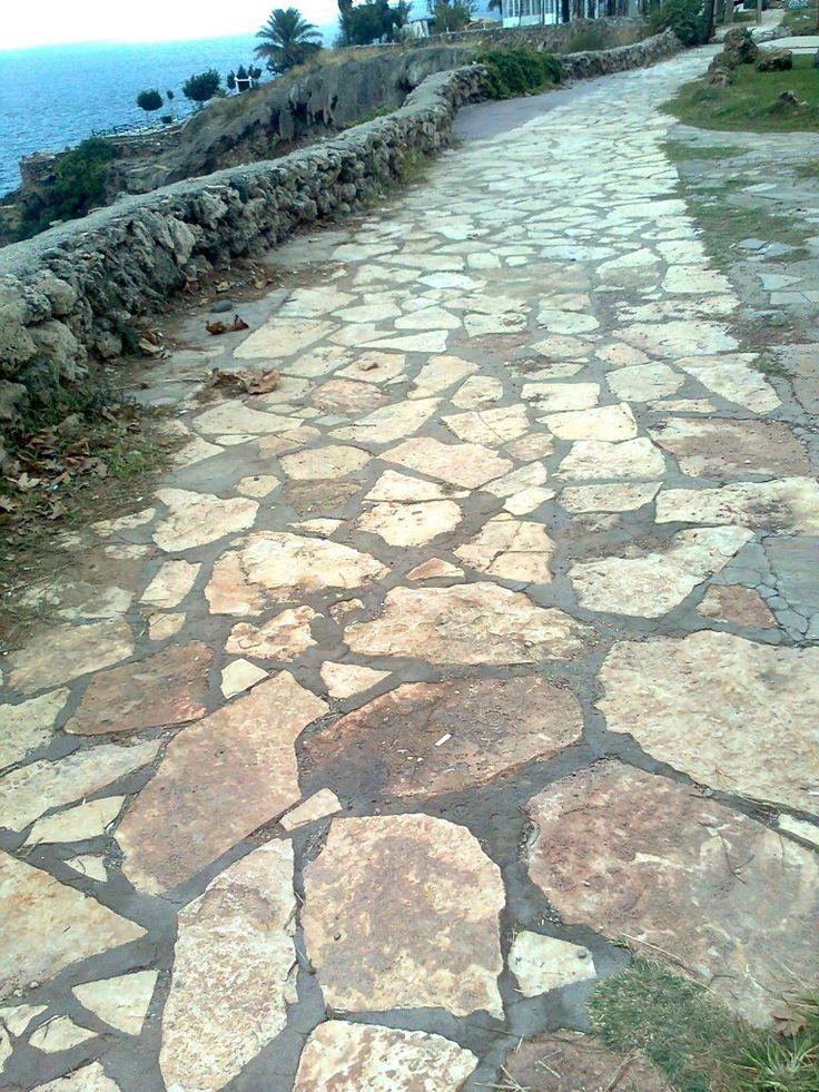 Antalyada yollar