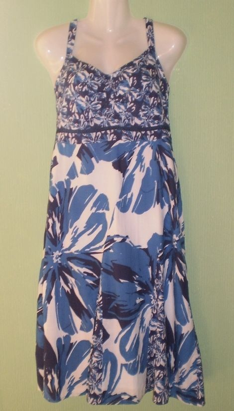 Blue and White Pattern Calf Length Summer Dress by Store Twenty One, Size 12,