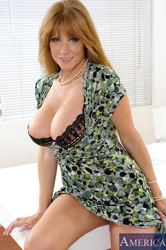 порно от первого лица милфа фото