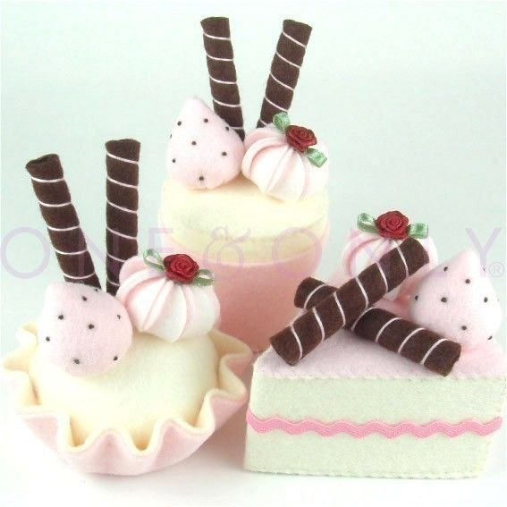 Felt Cake Dessert Set 3 Strawberry and Chocolate...this site is awesome!