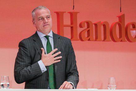 Deutsche Börse C.E.O. to Resign Amid Insider Trading Scandal