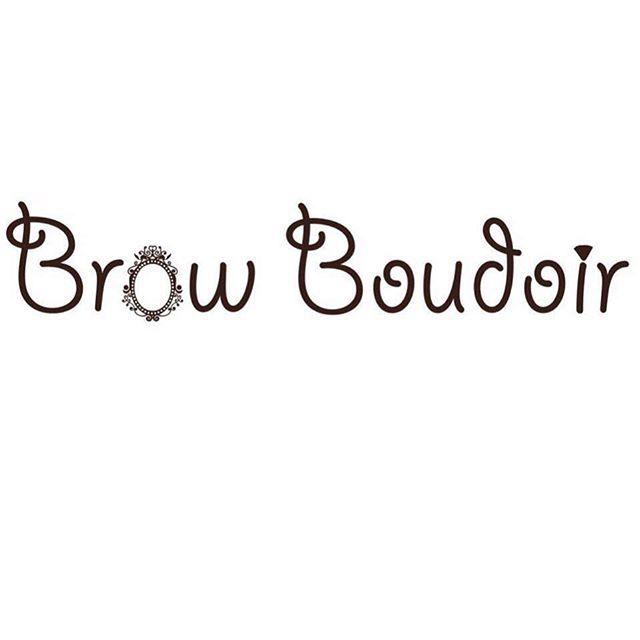 Приглашаем посетить  студию идеальных бровей и ресниц Brow Boudoir в Перми! В комфортной атмосфере студии высококвалифицированные мастера сделают Ваши глаза выразительнее - красивые брови, длинные, изогнутые ресницы. И все это не на один день, или вечер, Вы будете выглядеть естественно и завораживать взглядом с самого утра и до поздней ночи! #yclients #moresalonov #салонкрасоты