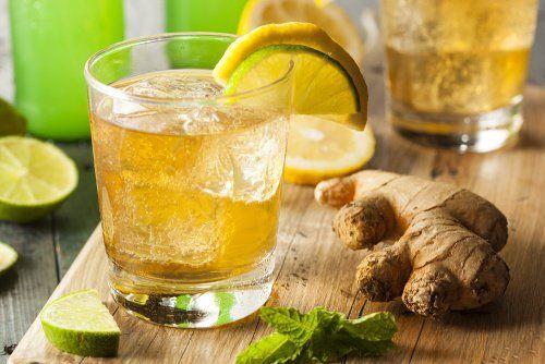 Jengibre y limon. Aprende a preparar una cerveza de jengibre para reducir el dolor y la inflamación