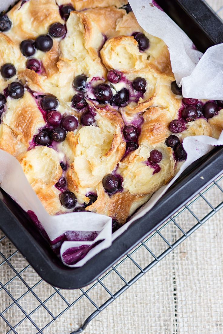 Blueberry cream cheese pudding by Phood