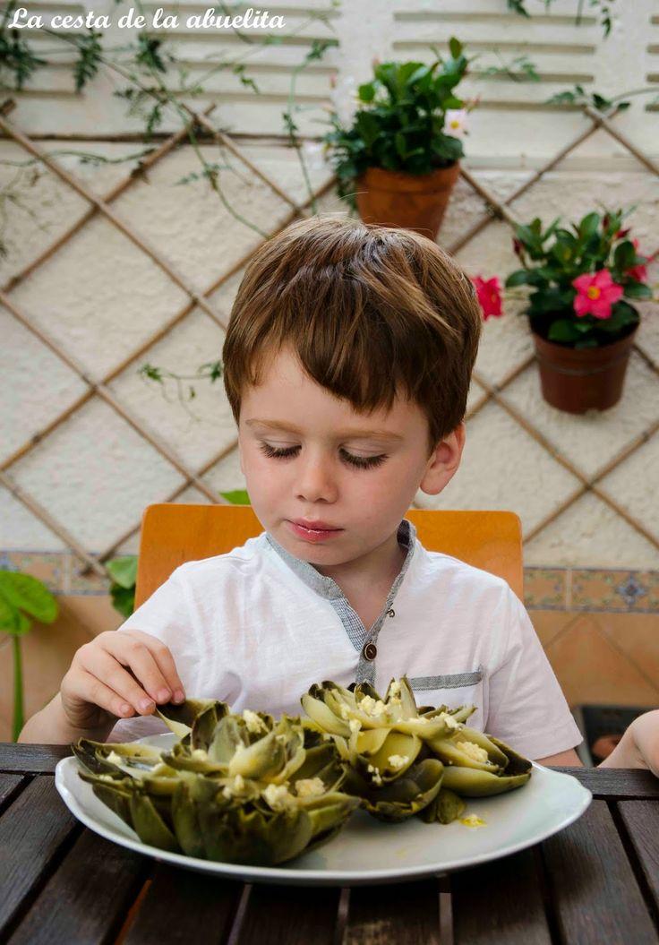 Alcachofas con vinagreta. ¿Quién dijo que a los niños no les gusta la verdura? www.lacestadelaabuelita.com