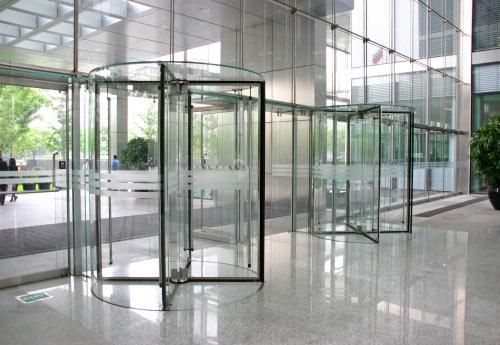 Ambercopperaluminum.com deals with the unique and designed folding doors. Folding doors come in many different types and sizes. Please feel free to contact us anytime.