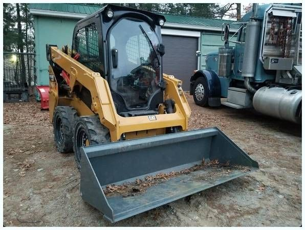 Pin by Jaw Sales on Jaw Sales Heavy Trucks and Equipment | Backup