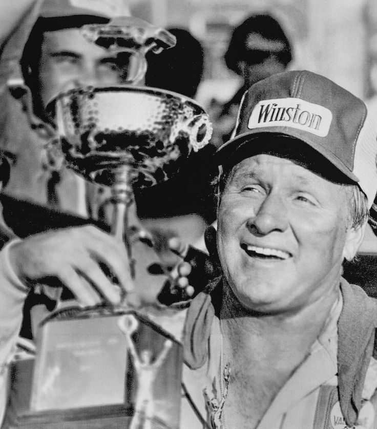 1978: Cale Yarborough : NASCAR champions: from Grand Nationals through Sprint Cup