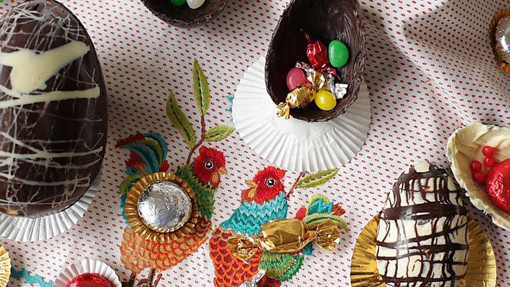 Cómo hacer huevos de Pascuas de chocolate