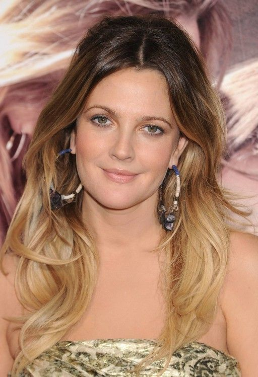 Ombre hair for 2013: Drew Barrymore long wavy ombre hair for women