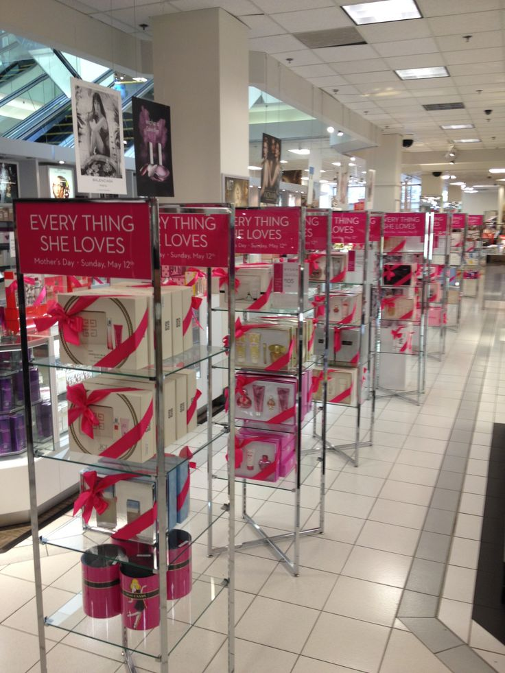 Cosmetics set up Mothers day