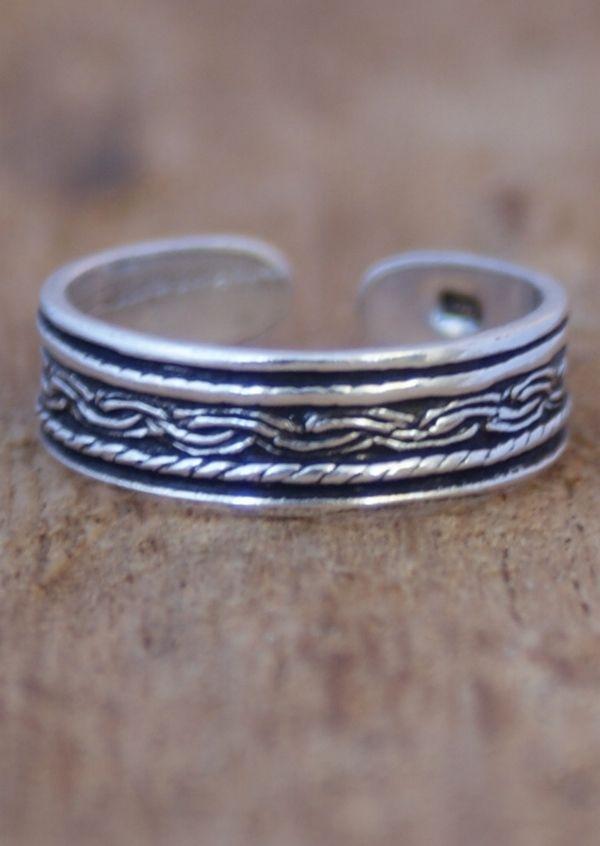 Karma East - Silver Twist & Plait Toe Ring