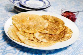Pannkakor efter Per Morbergs recept, med bubbelvatten i pannkakssmeten som ger frasigare och godare pannkakor.