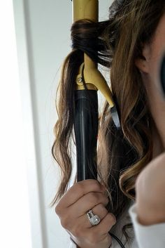 This totally works !want all my clients to pin!!!:) How to Curl Your Hair: Wavy Curls