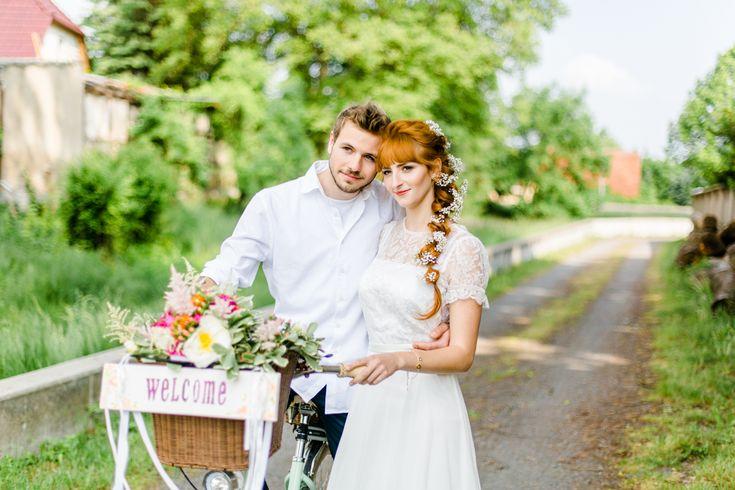 Eine bunte DIY Sommerhochzeit | Hochzeitsblog The Little Wedding Corner