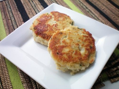Newfoundland Fish Cakes Recipe. Come taste the history and heritage of Newfoundland and Labrador at Newfoundland.ws