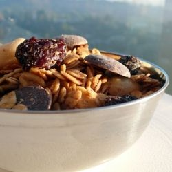 trail mix with chocolate and raisins: tasty vegan junk food.