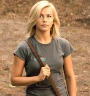 Julianne hough short hair safe haven