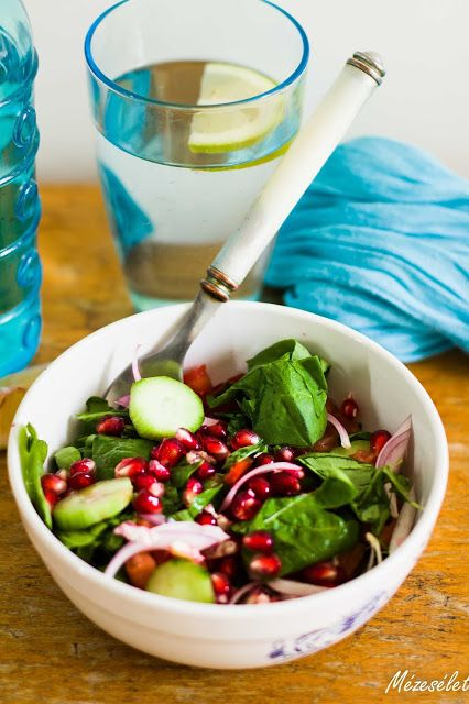 Gránátalmás saláta