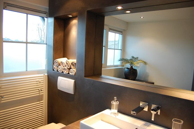 Een badkamer zonder tegels @ RON Stappenbelt Interieurontwerp, advies en begeleiding - OldenzaalRON Stappenbelt Interieurontwerp, advies en begeleiding – Oldenzaal