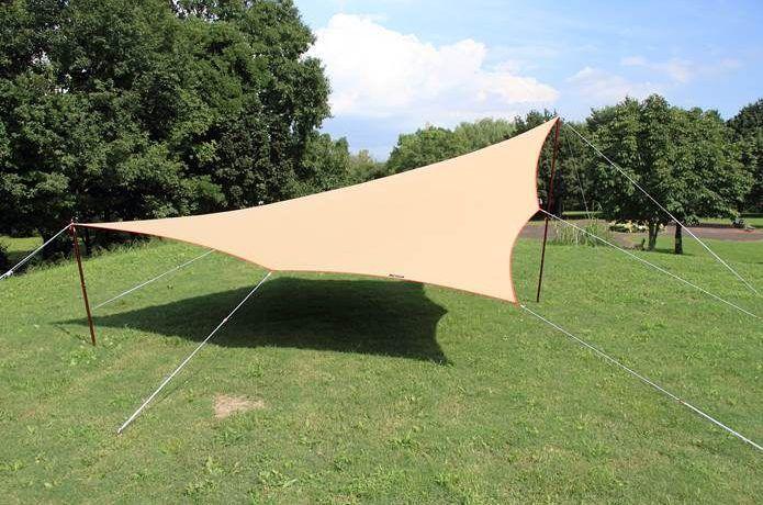 試してみたい タープの張り方アレンジ 絶対役立つロープテク タープ アウトドア アウトドアキャンプ