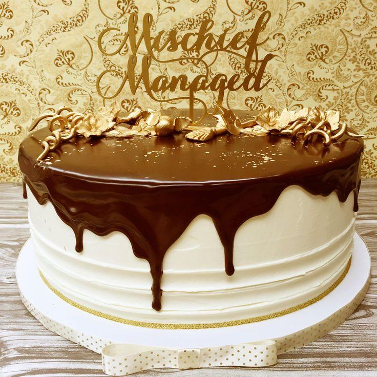 1000 Ideas About 10 Tier Wedding Cakes On Pinterest