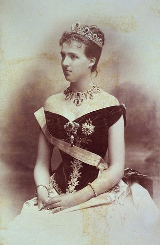 SM A RAINHA DONA AMELIA DE PORTUGAL | Flickr - Photo Sharing!
