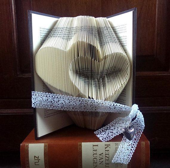 2 hearts, 1 inverted heart - Valentine's day - Folded book art - Boyfriend gift - girlfriend - anniversary - wedding gift - handmade gift