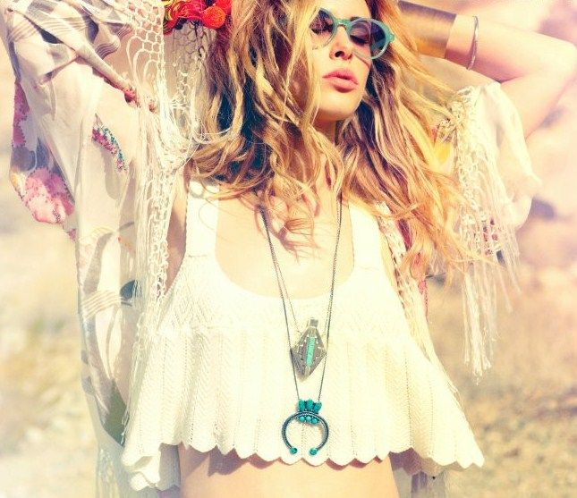 hippie vibe.. crop top + kimono