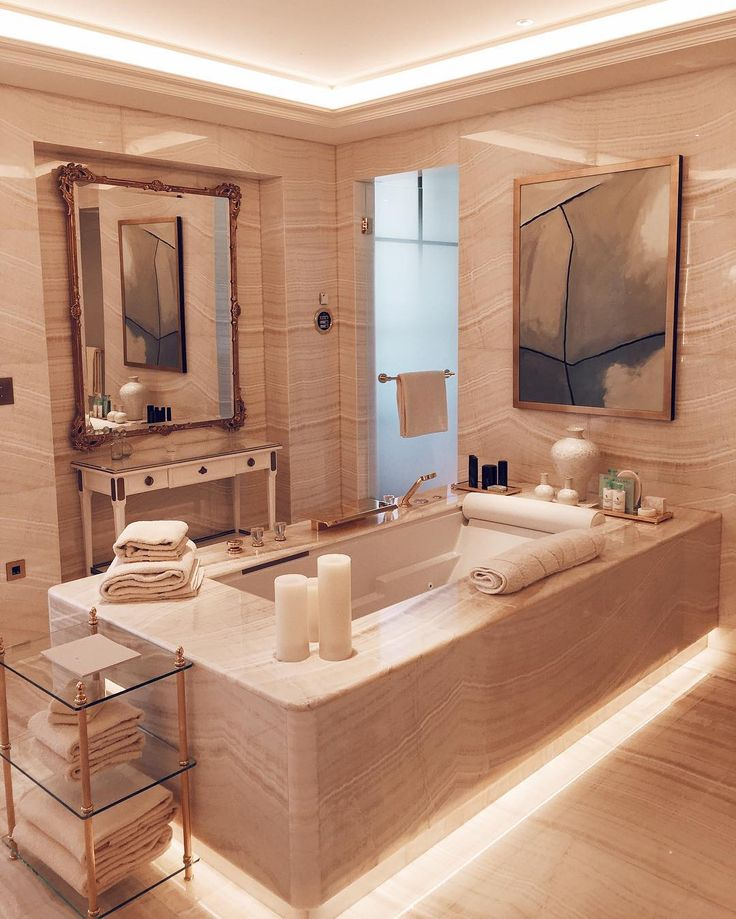 Marble bathroom at the Four Seasons Hotel George V by @ pierreschuester
