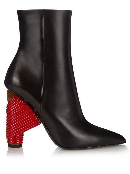 BALENCIAGA Bistrot Leather Boots. #balenciaga #shoes #boots