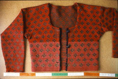 Stickad tröja från Forsa, Hälsingland.