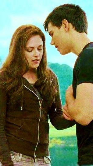 I kissed Bella. Then she broke her hand, punching my face. Total misunderstanding.