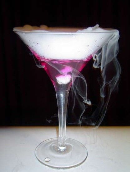 Dry Ice Martinis! Talk about unique! #memories #events #cocktails #unique #party #avenueeventgroup