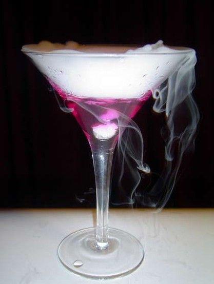 Dry Ice Martinis! Talk about unique! #memories #events #cocktails #unique #party #avenueeventgroup