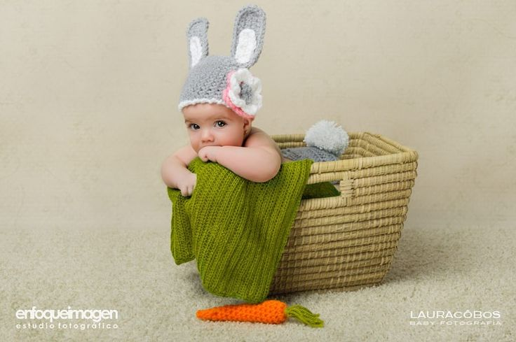 Bebé cesto gorro conejo
