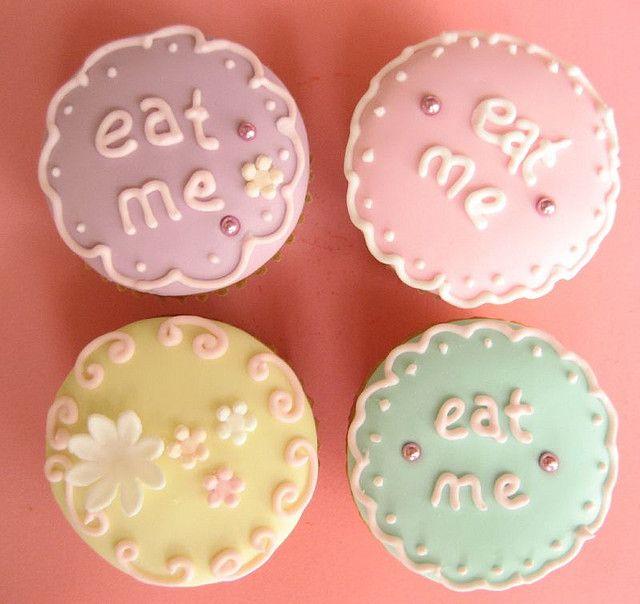 "alice in wonderland sweet 16 ideas | eat me"" alice in wonderland cupcakes | Flickr - Photo Sharing!"