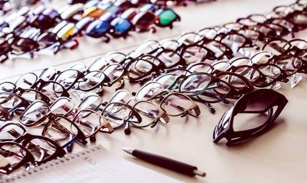 Buy prescription glasses online for up to 70% less