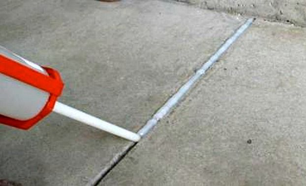 Filling Expansion and Conctraction Joints in a Garage Floor | All Garage Floors
