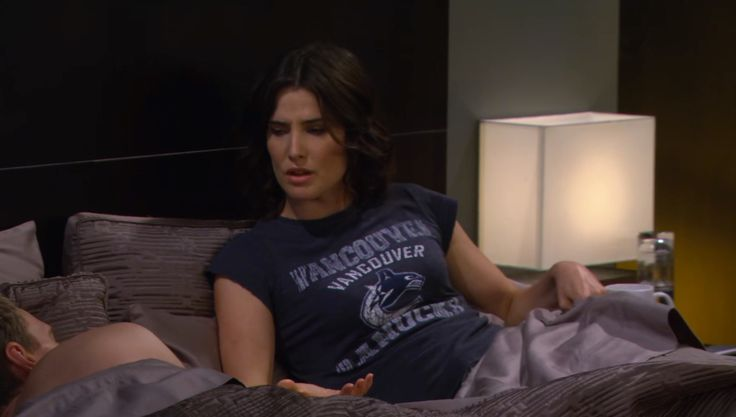 Vancouver Canucks t shirt worn by Cobie Smulders in HOW I MET YOUR MOTHER: THE FORTRESS (2013) #VancouverCanucks