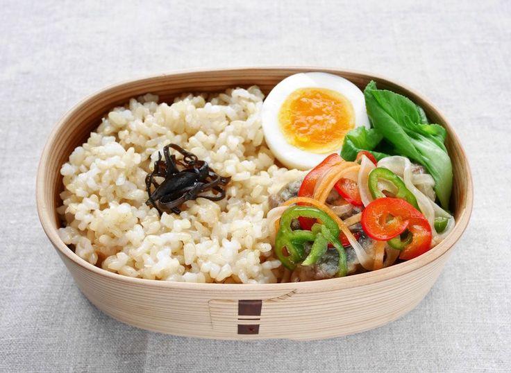 玄米ご飯180g 塩昆布、鯵南蛮漬け、にぬき振り塩、青梗菜塩茹