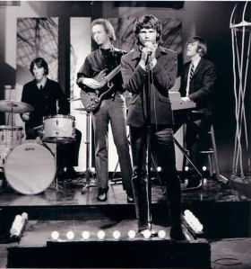 Jim Morrison and The Doors pictures | Jim Morrison Biography